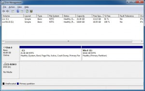Second partition appears in disk management console